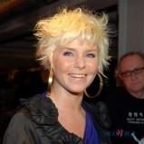 nie�ad na g�owie - jasny blond