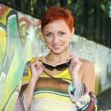 Anna Wyszkoni - rude, kr�tkie w�osy