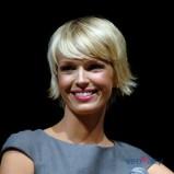 Magda Mo�ek w kr�tkiej fryzurce z grzywk�