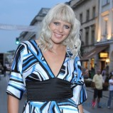 romantyczne fale - jasny blond
