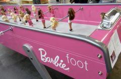 Barbie jako pi�karz... sto�owy