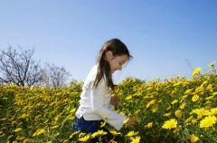 Dzieci, kt�re �piewaj�, lepiej si� rozwijaj�