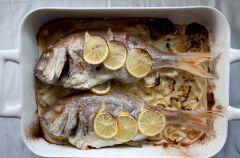 Pieczony pagrus z koprem w�oskim - przepis z bloga ...et si vous veniez manger chez nous?