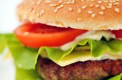 Jak zrobi� prawdziwego ameryka�skiego burgera?