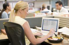 Zdrowa przerwa na lunch w pracy