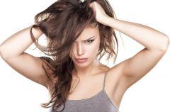 Przyczyny wypadania w�os�w