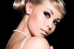 �lubny makija� w letniej wersji wed�ug Lauren Luke