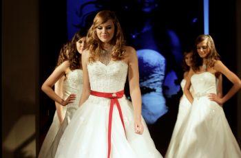 Pokaz sukni �lubnych Annais jesie�/zima 2010