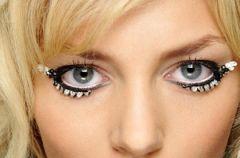 Jesienne trendy z wybieg�w - makija� i fryzury na jesie� 2009