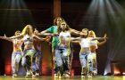 Beat the world. Taniec to moc! (re�. Robert Adetuyi)