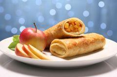 Szafranowe nale�niki nadziewane jab�kami z orzeszkami pini i migda�ami