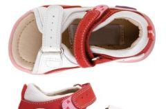 Letnie obuwie dzieci�ce Bata