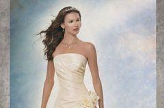 Demetrios 2006 - salon sukien �lubnych Susan Blanche