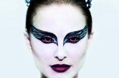 Natalie Portman w masce czarnego �ab�dzia