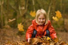Jak radzi� sobie z jesiennymi przezi�bieniami u dzieci