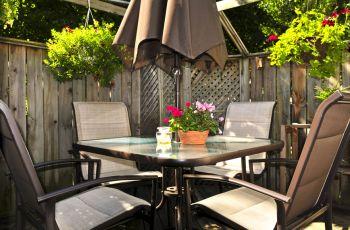 Stylowe i wygodne meble ogrodowe - akcesoria ogrodowe