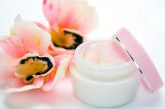 Nowo�ci kosmetyczne: maj