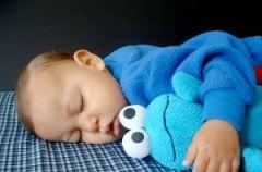 Dziecko nie zasypia we w�asnym ��eczku - praktyczne porady