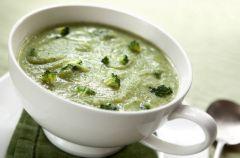 Zupa z zielonych broku��w z kaparami