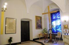 Koniec krzy�a na Krakowskim Przedmie�ciu?