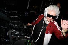 Babcia-did�ej podbija kluby