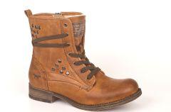 Damskie buty Mustang na jesie� i zim� 2013/14