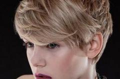 Kr�tkie fryzury na 2011