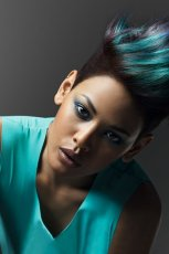 Kolorowe fryzury zainspirowane natur�