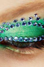 B�yszcz�cy makija� na pokazie Christian Dior