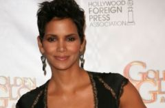 Jak one to robi�: Halle Berry