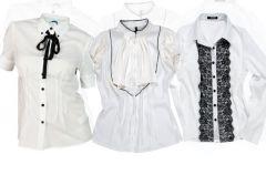Bia�e bluzki -  rok szkolny czas rozpocz��