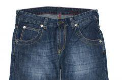 D�insy Cross Jeanswear Co. dla m�czyzn na sezon jesie�-zima 2011/12