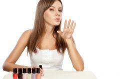 Jak wysuszy� szybko paznokcie