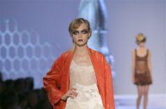 Christian Dior dla kobiet z wiosennej kolekcji 2008