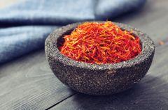 Szafran - naturalny spos�b na popraw� nastroju