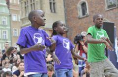 Wsparcie dla dzieci z Ugandy