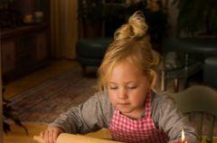 Co zrobi�, by dziecko nie przeszkadza�o w �wi�tecznych przygotowaniach?