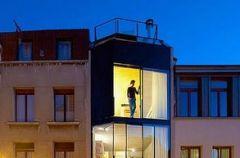 W�ski, ale przestronny – dom od CSD w Antwerpii