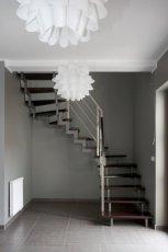 Nowoczesne schody Hostal