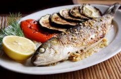 Aromatyczna ryba z grilla