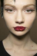 Kryszta�owe usta u Diora