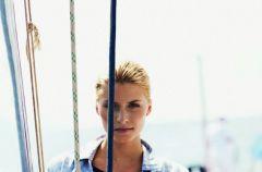 Marynarska kolekcja Henri Lloyd dla kobiet - trendy wiosna/lato 2011
