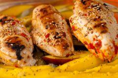 Kurczak z mango i awokado