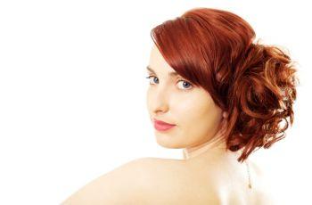 Szybka fryzura dodaj�ca lat