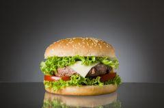 Fast-food przyczyn� agresji?
