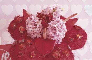 Kompozycje kwiatowe z hiacynt�w - kompozycje z hiacynt�w