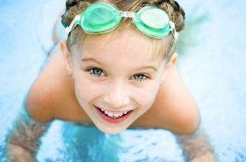 Wakacje z dzieckiem na wod� - co wzi�� do zabawy