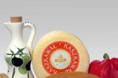 Kaszkawa� - przepis na panierowany ser