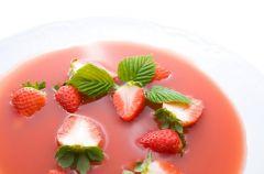 Zupa owocowa z uszkami