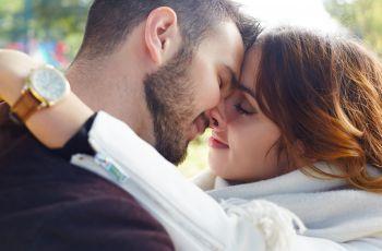 W co si� ubra� na randk�?